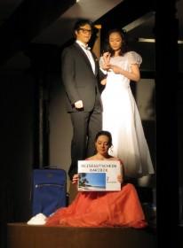 Hochzeitspaar (Richard Klein, Yoko Hara, Irina Borodyanska)