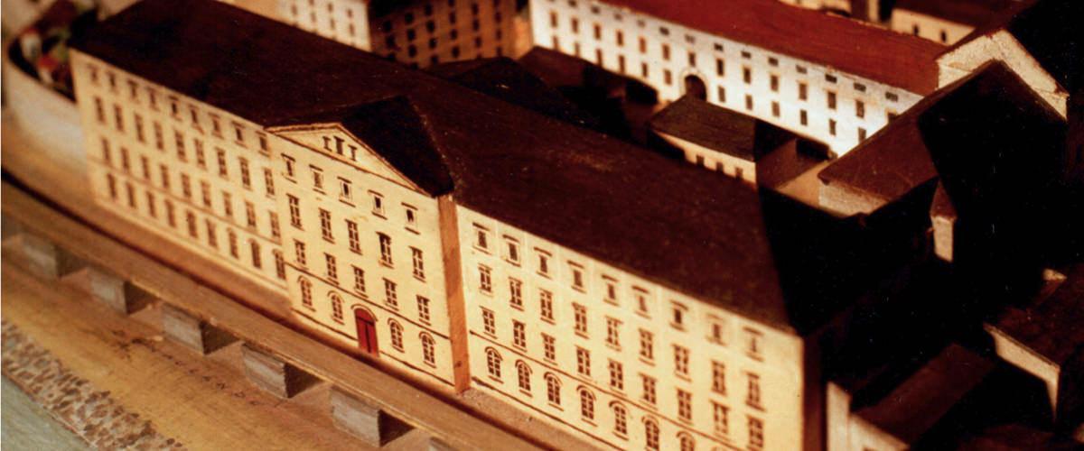 Modell der alten Tabakfabrik Hainburg, heute Kulturfabrik
